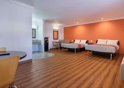 Motel 6 Lomita - Ca - Lomita - Bedroom