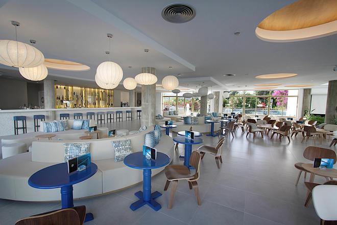 地中海之王宮殿酒店 - 只招待成人入住 - 阿庫迪亞 - 坎皮卡福特 - 酒吧