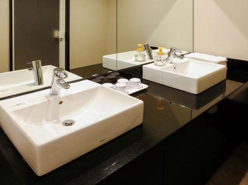 宜必思尚品大阪酒店 - 大阪 - 浴室