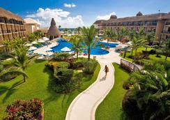 Catalonia Riviera Maya Resort And Spa - Puerto Aventuras - Pool