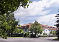 Wyndham Garden Potsdam - Potsdam - Bangunan