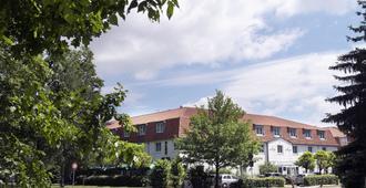 Wyndham Garden Potsdam - Potsdam - Edificio