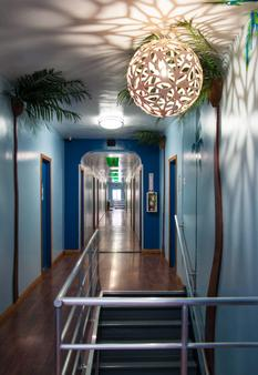 Usa Hostels Hollywood - Los Angeles - Corridoio
