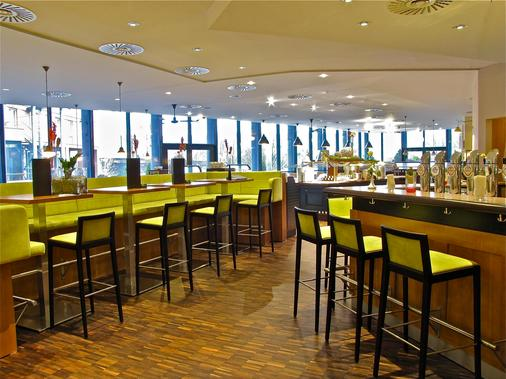 Trans World Hotel Donauwelle - Linz - Bar
