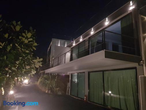 8ik88 Phuket - Adults Only - Pa Khlok - Building