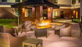 Staybridge Suites Denver - Stapleton - Denver - Patio