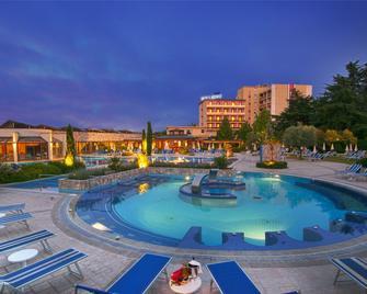 Hotel Sollievo Terme - Montegrotto Terme - Zwembad