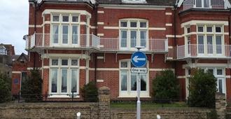 Britten House - Lowestoft - Building