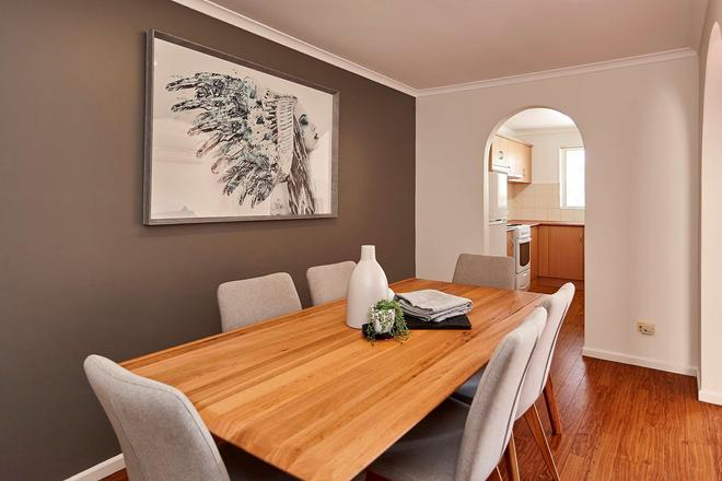Elphin Motel & Serviced Apartments - Launceston - Dining room