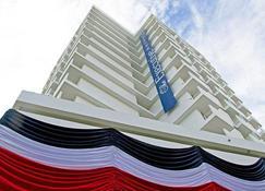 The Executive Hotel - Panama City - Building