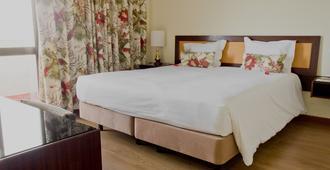 Hotel D. Luis - Coimbra - Bedroom