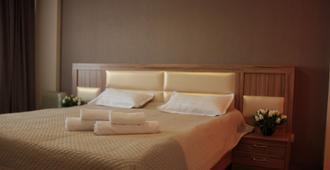 多斯圖克酒店 - 比什凱克
