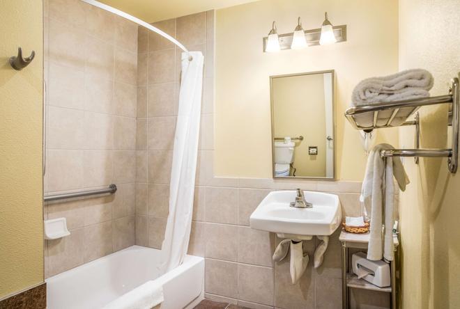 聖巴巴拉品質酒店 - 聖塔芭芭拉 - 聖巴巴拉 - 浴室