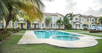 The Right Spot - Punta Cana