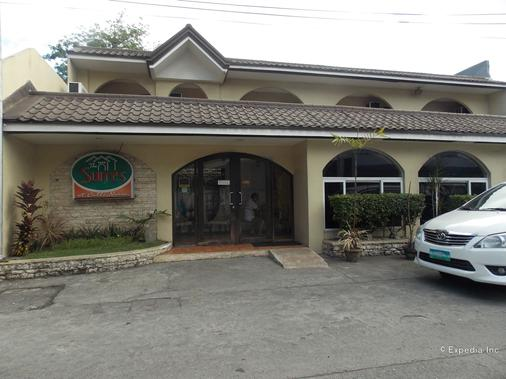 The Suites at Calle Nueva - Bacolod - Building