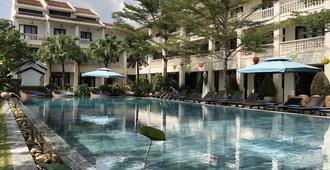 Thanh Binh Riverside Hotel - Hoi An - Piscina