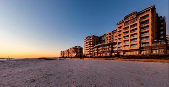 Oaks Glenelg Plaza Pier Suites - Glenelg