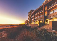 Oaks Glenelg Plaza Pier Suites - Glenelg - Budynek