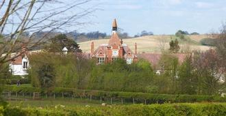 The Clock Tower - Daventry - Outdoor view