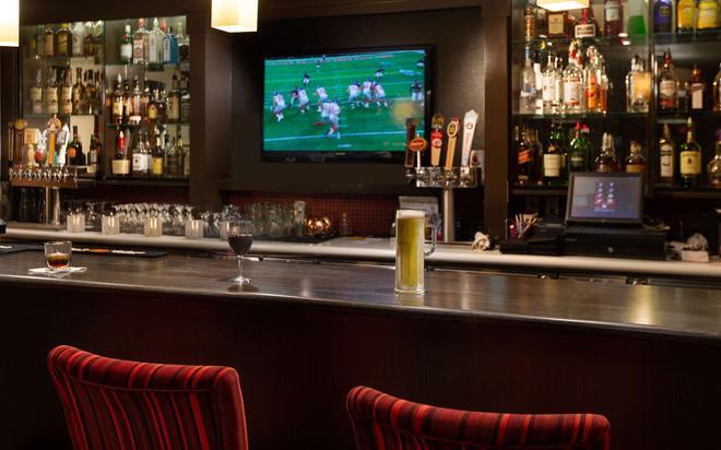 Hilltop Inn - Pullman - Bar