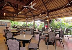 Zen Rooms Kuta Central Park 1 - Kuta - Restaurant
