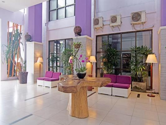 Zen Rooms Kuta Central Park 1 - Kuta - Lobby