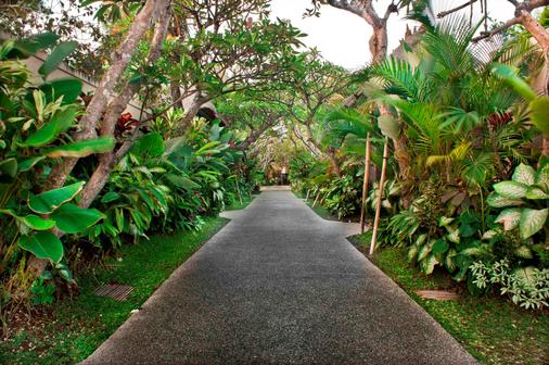 Mahagiri Villas Sanur - Denpasar - Outdoor view