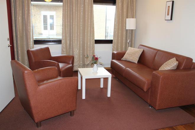 Best Western Arena Hotell - Vänersborg - Living room