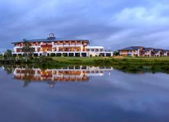 Mercure Kooindah Waters Central Coast - Wyong - Building