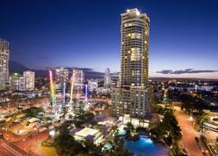 Mantra Crown Towers - Surfers Paradise - Außenansicht