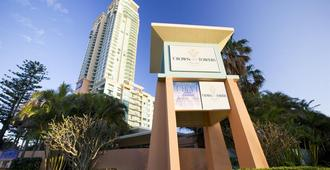 Mantra Crown Towers Surfers Paradise - Surfers Paradise - Κτίριο