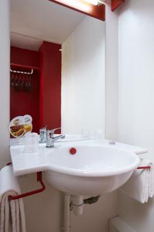 Hôtel Première Classe Marseille Ouest-Martigues - Martigues - Salle de bain