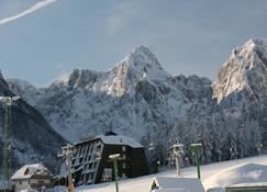Alpina - Kranjska Gora - Näkymät ulkona