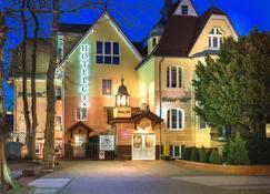Hotel Cis - Świnoujście - Gebouw