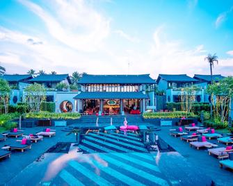 Baba Beach Club Natai Luxury Pool Villa Hotel by Sri panwa - Takua Thung - Bazén