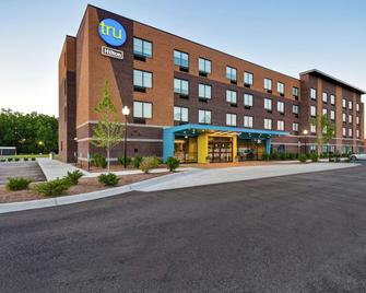 Tru By Hilton Sterling Heights Detroit - Sterling Heights - Building