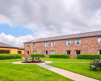 Quality Inn Salisbury - Salisbury - Κτίριο