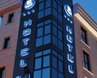 Hotel 44 - Хіхон - Building