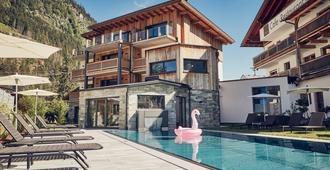 Huber's Boutique Hotel - Mayrhofen - Pool