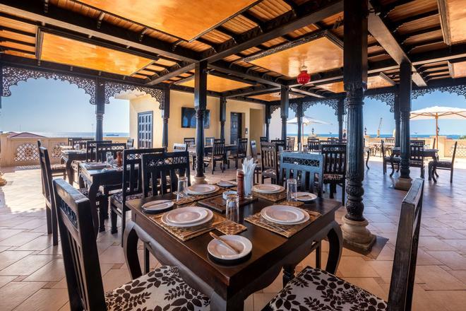 Golden Tulip Zanzibar Boutique Hotel - Sansibar - Ravintola
