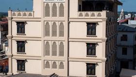 Golden Tulip Zanzibar Boutique Hotel - Zanzibar - Building