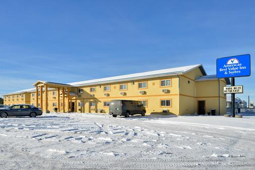 Americas Best Value Inn & Suites Sidney - Sidney - Building