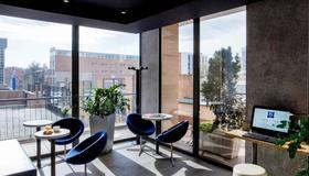Ibis Budget Madrid Valentin Beato - Madrid - Edificio