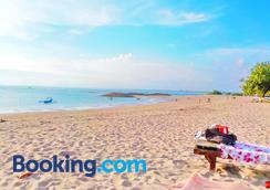 Palm Beach Hotel Bali - Kuta - Bãi biển