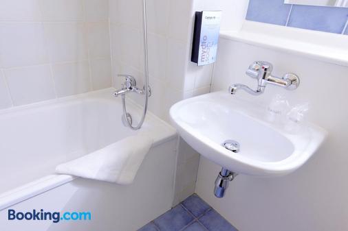 Campanile Haguenau - Haguenau - Bathroom