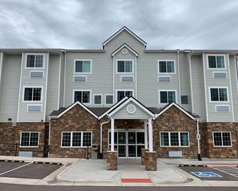 Microtel Inn & Suites by Wyndham Woodland Park - Woodland Park - Building