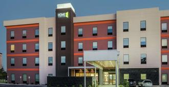 Home2 Suites by Hilton Austin Airport - אוסטין