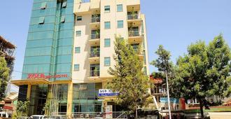 Zola International Hotel - אדיס אבבה