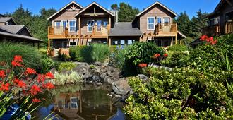 Inn at Cannon Beach - Cannon Beach - Building