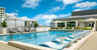 AC Hotel by Marriott San Juan Condado - סן חואן - בריכה